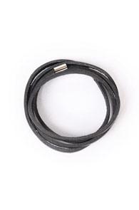 Black Bracelet type