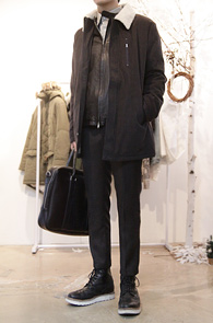Charcoal Sheep Wool Jacket<br>안감부분 양털 디테일<br>뛰어난 보온성