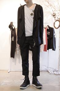 Black Layerd Blazer Jacket<br>블랙컬러, 레이어드 디자인<br>심심한 코디에 포인트가 되는 자켓