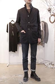 Washing Black Cotton Single Coat<br>워싱된 원단, 깔끔한 디테일<br>무난한 디자인의 싱글코트