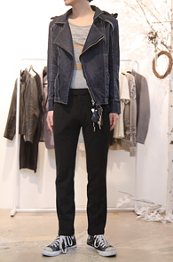 Denim Rider Style Jacket<br>데님소재, 라이더 타입<br>중청 데님소재의 라이더자켓