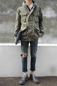 Cotton Military Jacket Khaki<br>카키컬러,코튼소재<BR>M65 모티브로 제작된 야상자켓