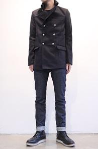 Navy Double Pea Coat<br>두꺼운 이중지 원단, 네이비 컬러<br>기본적인 디자인의 더블 피코트