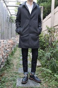 Dark Grey Winter Single Coat<br>다크그레이컬러, 두꺼운 울소재<br>견장디테일이 멋스러운 베이직한 코트