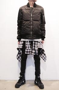 Black MA-1 Down Jakcet<br>블랙컬러, MA-1디자인<BR>항공점퍼 스타일의 다운자켓<br>일시품절입니다