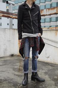 Black Suede Rider Type Jacket<br>스웨이드 소재, 블랙컬러<br>라이더 타입의 스웨이드 자켓