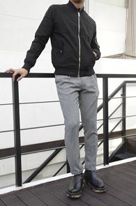 Black Cotton MA-1 Jacket<br>코튼소재, 블랙컬러<br>베이직한 디자인의 MA-1 자켓