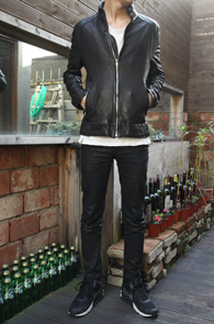 Black Sheep Skin Single Jacket<br>블랙컬러, 쉽스킨 레더 소재<br>리얼레더로 제작된 싱글 자켓<br><font color=#CC9933>MD의 추천 상품