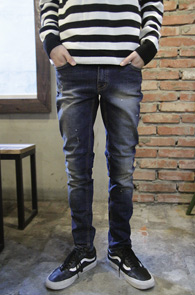 Mid Blue Washing Denim Pants<br>중청톤의 컬러감<br>슬림한 핏감의 워싱데님팬츠