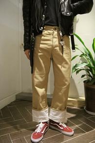 Loewe Roll-up Cotton Pants<br>로에베 롤업 팬츠<br>위트있는 디자인 워크웨어 룩