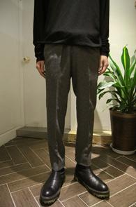 Grey Basic Slim Wool Slacks<br>그레이컬러의 기본 울 원단<br>슬림한 핏감의 기본 울슬렉스