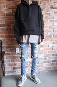 4 Season Hoody Shirts Black<br>4시즌용 후디 셔츠<Br>숏트한 기장감, 레이어드용 옆트임