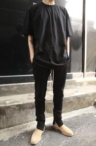 Fog Basic T-Shirts Black<br>Fog 베이직 티셔츠<br>블랙색상,베이직한 착용감의 티셔츠