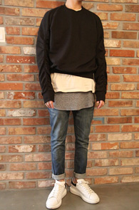 Black Twill Sweat Shirts<br>트윌 스&#50939; 셔츠<br>코튼 소재,숏트한 기장감
