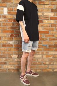Navy Zipper Box T-Shirts<br>배색 디테일, 사이드 지퍼 디자인<br>배색이 매력적인 지퍼 티셔츠