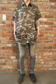 Camo Half Snap Shirts<br>카모플라주 패턴, 스냅버튼<br>스트릿한 느낌의 카모 셔츠