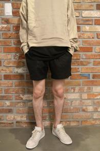 Black Linen Short Banding Pants<br>블랙컬러, 린넨 소재<br>밴딩 디테일의 숏 하프팬츠