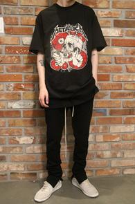 Black Metallica Rock T-Shirts Type 1<BR>블랙컬러, 메탈리카 프린팅<BR>락밴드 프린팅이 매력적인 티셔츠