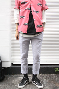 Seersucker Slacks Pants<br>시어서커 소재, 얇은 소재감<br>여름철 착용하기 좋은 시어서커 슬랙스