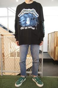 Black Metallica Tour T-Shirts<br>메탈리카 프린팅, 코튼소재<br>펑키한 느낌의 밴드 티셔츠
