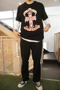 Black Guns N Roses T-Shirts<br>건즈앤로지스 프린팅<br>펑키한느낌의 락 티셔츠