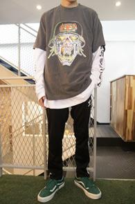 Gray Vintage Slayer T-Shirts<br>빈티지한 느낌의 워싱 원단<br>슬레이어 프린팅이 인상적인 티셔츠