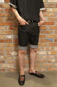 Blue Indigo Denim Half Pants<br>인디고 블루톤의 생지 컬러<br>베이직한 디자인의 하프데님