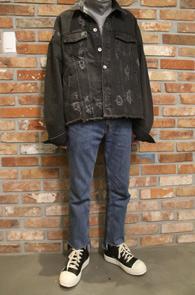 Overfit Black Denim Jacket<br>오버핏 데님 지쟌<br>디스 디테일 숏한 기장감