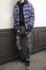 Blue Boxfit Check Flannel Shirts<br>여유있는 핏감, 블루톤의 체크패턴<br>박시한 핏감의 플란넬 셔츠