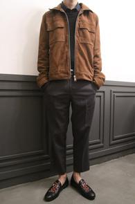 Beige Real Suede Jacket<Br>베이지컬러의 리얼 스웨이드 소재<br>블루종 타입의 스웨이드 자켓