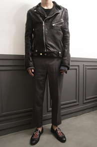 Black Sheep Skin Rider Jacket<br>블랙컬러의 쉽스킨 소재<br>베이직한 디자인의 기본 라이더자켓