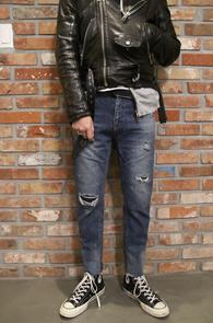 Mid Blue Vintage Denim Pants<Br>중청톤의 워싱가공 컬러감<br>빈티지한 디스디테일의 크롭팬츠