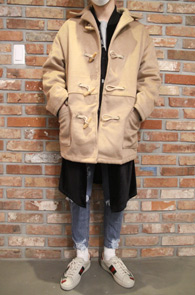 Two Color Duffle Short Coat<br>네이비와 베이지 두가지 컬러<br>더플코트 디테일의 숏 코트
