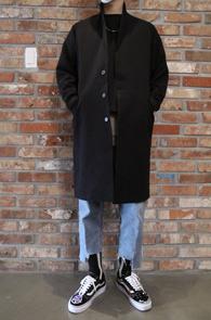 2 Color Soft Single Coat<br>블랙과 그레이 두가지 컬러<br>심플한 디자인의 싱글 코트