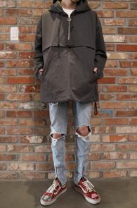 Dark Grey Anorak Hood<Br>다크그레이컬러, 지퍼디테일<br>베이직한 디자인의 아노락