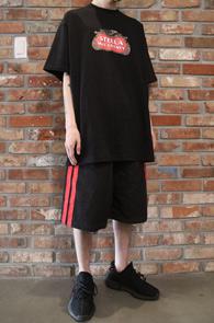 Black Stella Parody T-Shirts<br>블랙컬러, 코튼 소재<br>스텔라 패러디 프린팅의 티셔츠