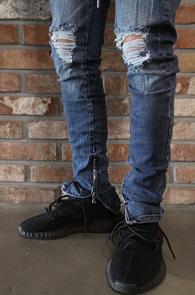 Blue Zipper Banding Denim Pants<br>중청톤 데님 소재, 허리밴딩 디테일<br>지퍼 디테일이 돋보이는 데님팬츠