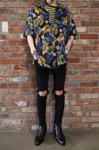Half Tropical Shirts Black<br>블랙컬러, 플라워패턴<br>여름철 매치하기 좋은 하와이안셔츠