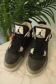 Air Jordan 4 Fear pack