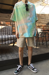 Vintage Gradation T-Shirts<br>빈티지한 느낌의 나염 디자인<br>유니크한 디자인의 티셔츠