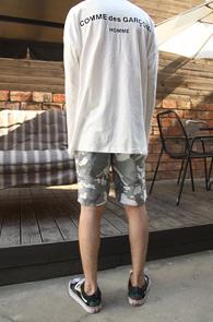 2 Color Comme des Garxxxx Back Priinting T-Shirts<Br> 블랙과 화이트 두가지 디자인<br>깔끔한 디자인의 백 로고 티셔츠