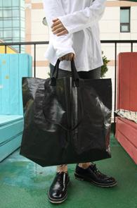Black Recycle Market Bag<br>블랙컬러, 리사이클 원단<br>유니크한 소재감의 마켓백