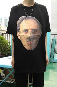 Black Hannival T-Shirts<br>블랙컬러의 한니발 프린팅<br>트리플A사의 티셔츠 베이스
