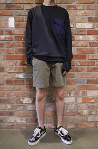 Pocket Point Long T-Shirts<br>포켓디테일, 베이직한 디자인<br>어디에나 편히 쉽게 매치할수있는 롱슬리브