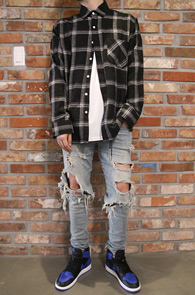 Flannel Black Check Shirts<Br>두툼한 소재감, 체크패턴<br>가을 겨울철 활용하기 좋은 체크셔츠