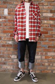 Red & White Tartan Check Shirts<Br>레드와 화이트 배색 체크 디자인<br>깔끔한 디자인의 체크 셔츠