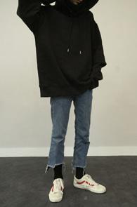 Black Layered Hood T-Shirts<br>블랙컬러, 레이어드 디테일<br>기모안감의 레이어드 후드티