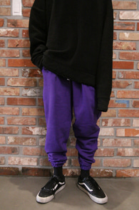 Purple Jogger Pants<br>퍼플컬러, 여유있는 실루엣<br>편안한 착용감의 조거팬츠