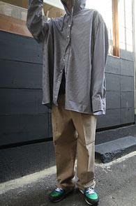 2 Color Stripe Hood Shirts<br>박시한 오버 핏감, 스트라이프 패턴<br>여유로운 실루엣의 후드 셔츠