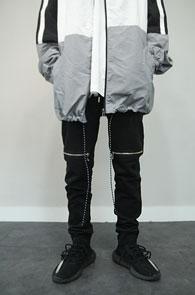 Black Knee Zipper Training Pants<Br>블랙컬러, 무릎지퍼 디테일<br>편안한 착용감의 트레이닝 팬츠